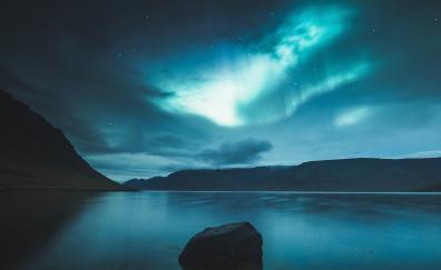 Northern lights, iceland, lake
