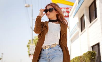 Actress ashley tisdale sunglasses