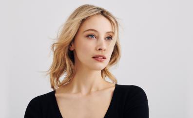 Sarah gadon 2018
