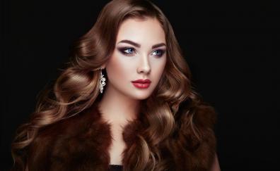 Juicy lips curly hair girl model