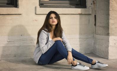 Selena gomez jeans actress 2018