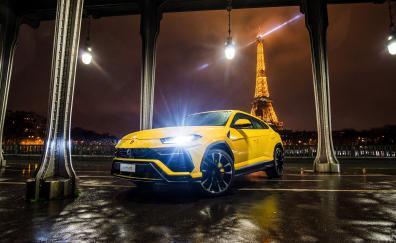 Lamborghini urus headlight front