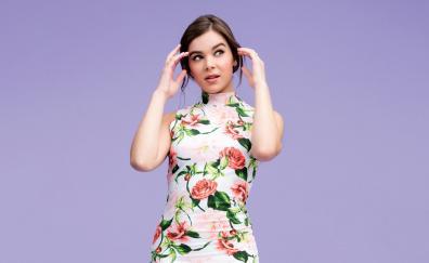 Hailee steinfeld floral dress