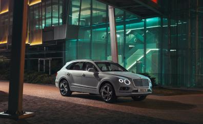 White luxury car, Bentley Bentayga