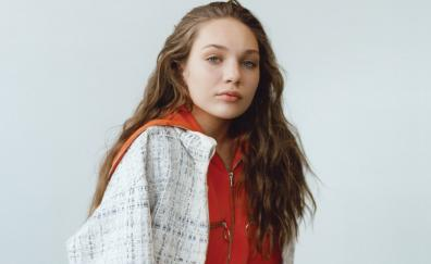Maddie ziegler 2018